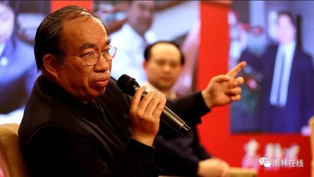 袁钟:请政府和社会保护医生的善良